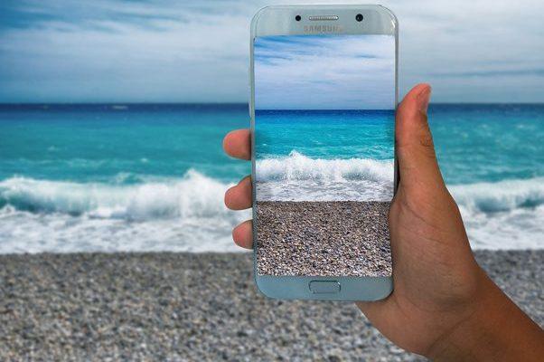 5-objets-digitaux-indispensables-pour-voyager